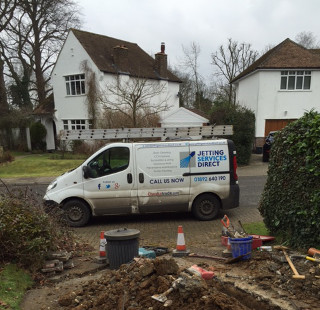 Drain excavation renewing foul drain line in Topcliffe Drive, Orpington BR6